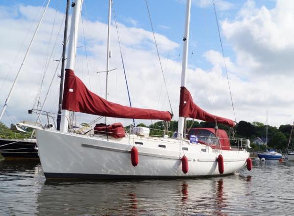 Freedom Yachts Freedom 35
