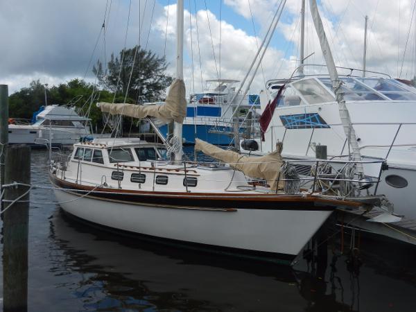 Mariner Pilothouse Cutter