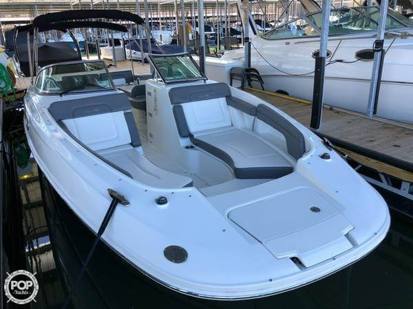 Sea Ray 280 Sundeck 2011 Sea Ray 280 Sundeck for sale in Flowery Branch, GA
