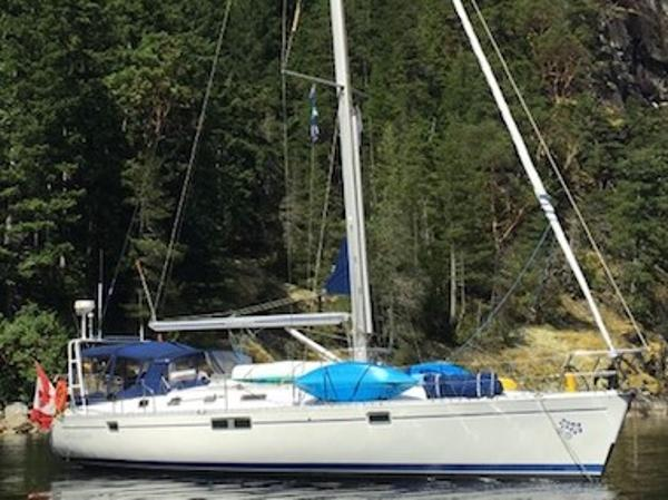 Beneteau Oceanus At Anchor