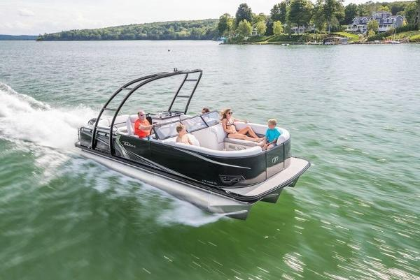 Tahoe Pontoon 2285 LTZ Elite Windshield