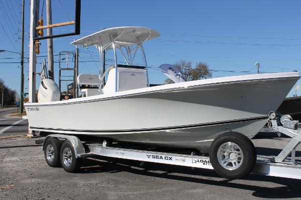 Sea Ox 2400 Center Console