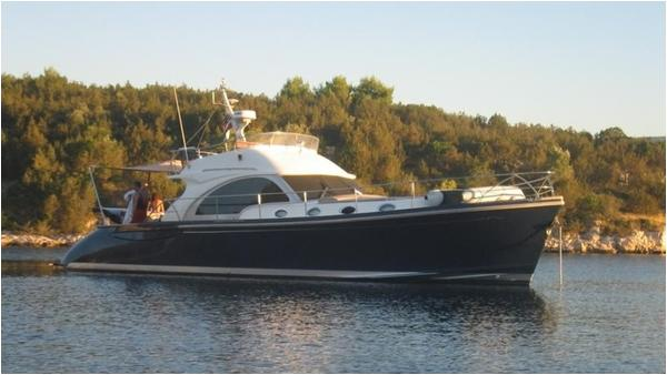 Franchini Lobster 55 Fly Remarkable Franchini 55 Fly