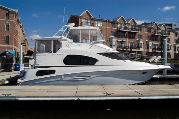 Silverton 39 Motor Yacht MD Profile