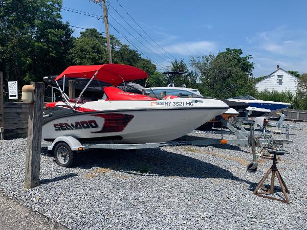 Sea-Doo Sport Boats Speedster 150 / Tower/215hp