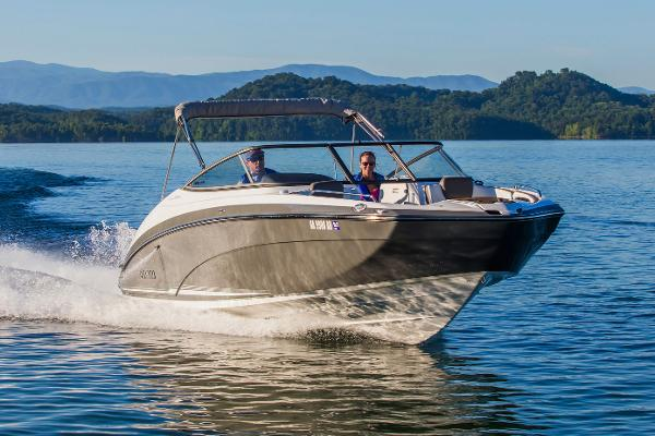 Yamaha Boats 242 Limited E-Series Manufacturer Provided Image