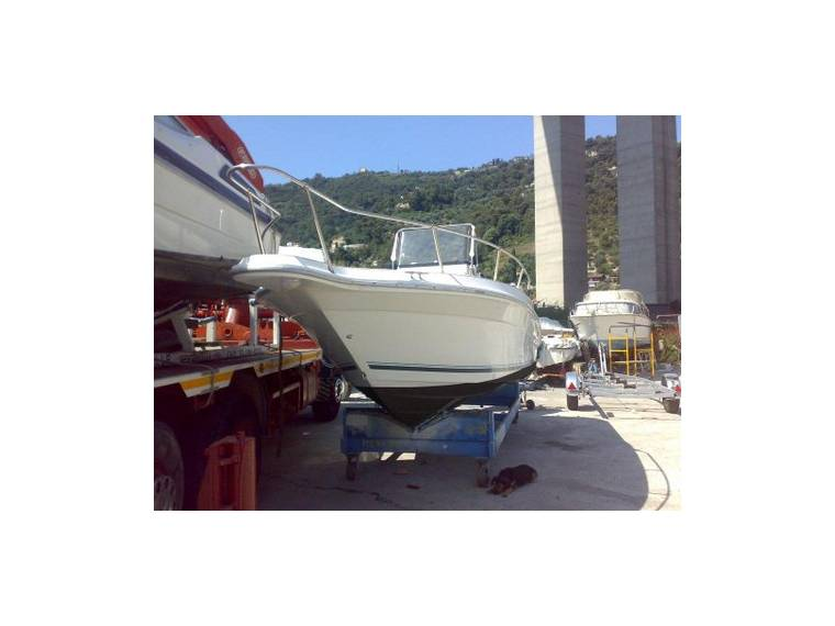 Sea Ray >>  SEA RAY LAGUNA 21