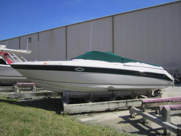 Regal 2800 LSR BOWRIDER