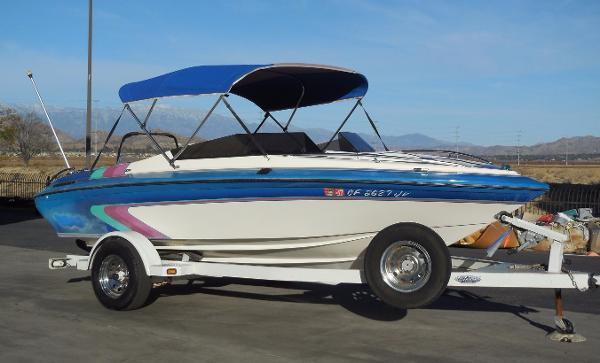 Galaxie Boat Works 1800V