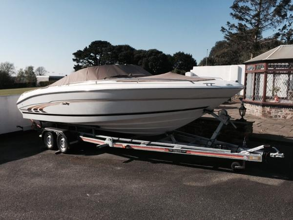 Sea Ray 230 Bow Rider Main