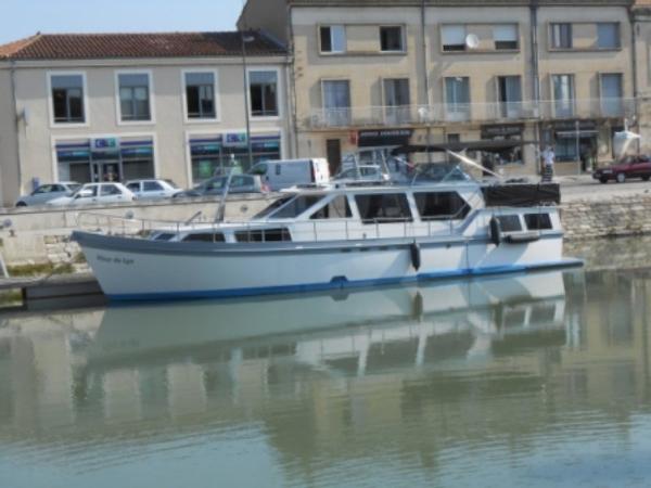 Visser Motor Yacht 14 meter Visser Motor Yacht 14 meter exterior