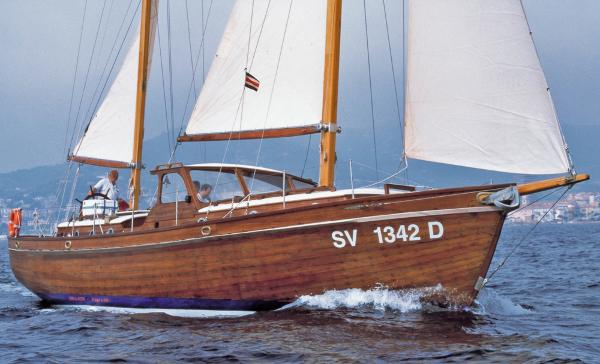 Alden Ketch rigged Motor Sailer