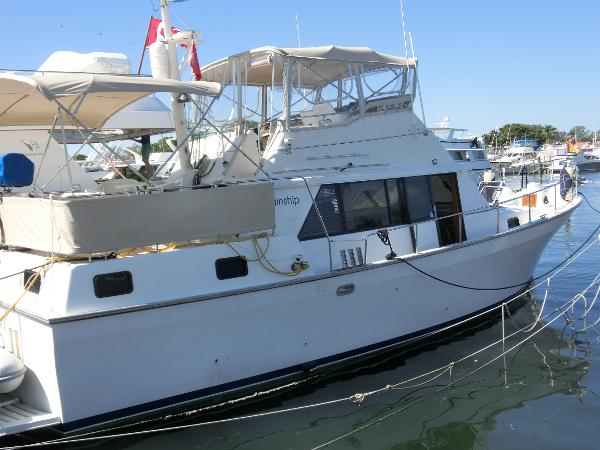 Mainship Double Cabin 40' Mainship Stb Profile