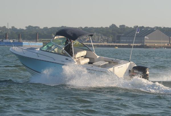 Pursuit OffShore 235