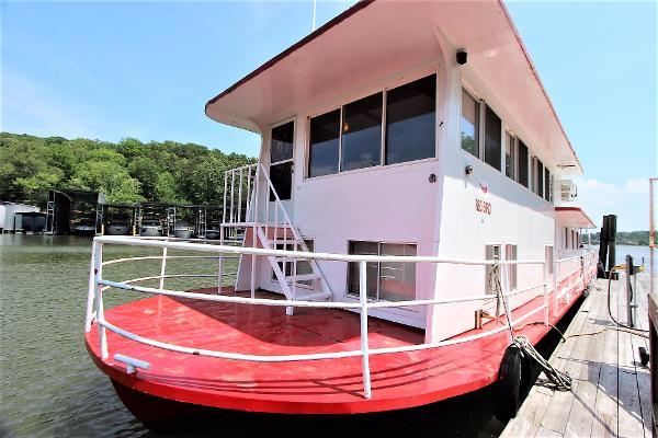Kelly Boat Company, LLC. 18 X 65 Houseboat