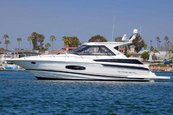 Regal 46 Sport Coupe Portside Profile