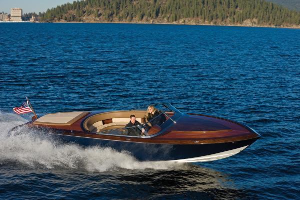 Custom Coeur Custom Wood Boats
