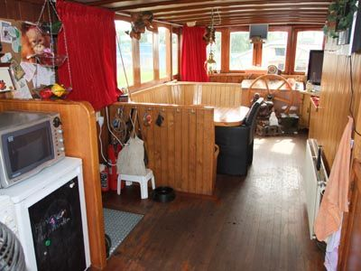 Saloon upper decks