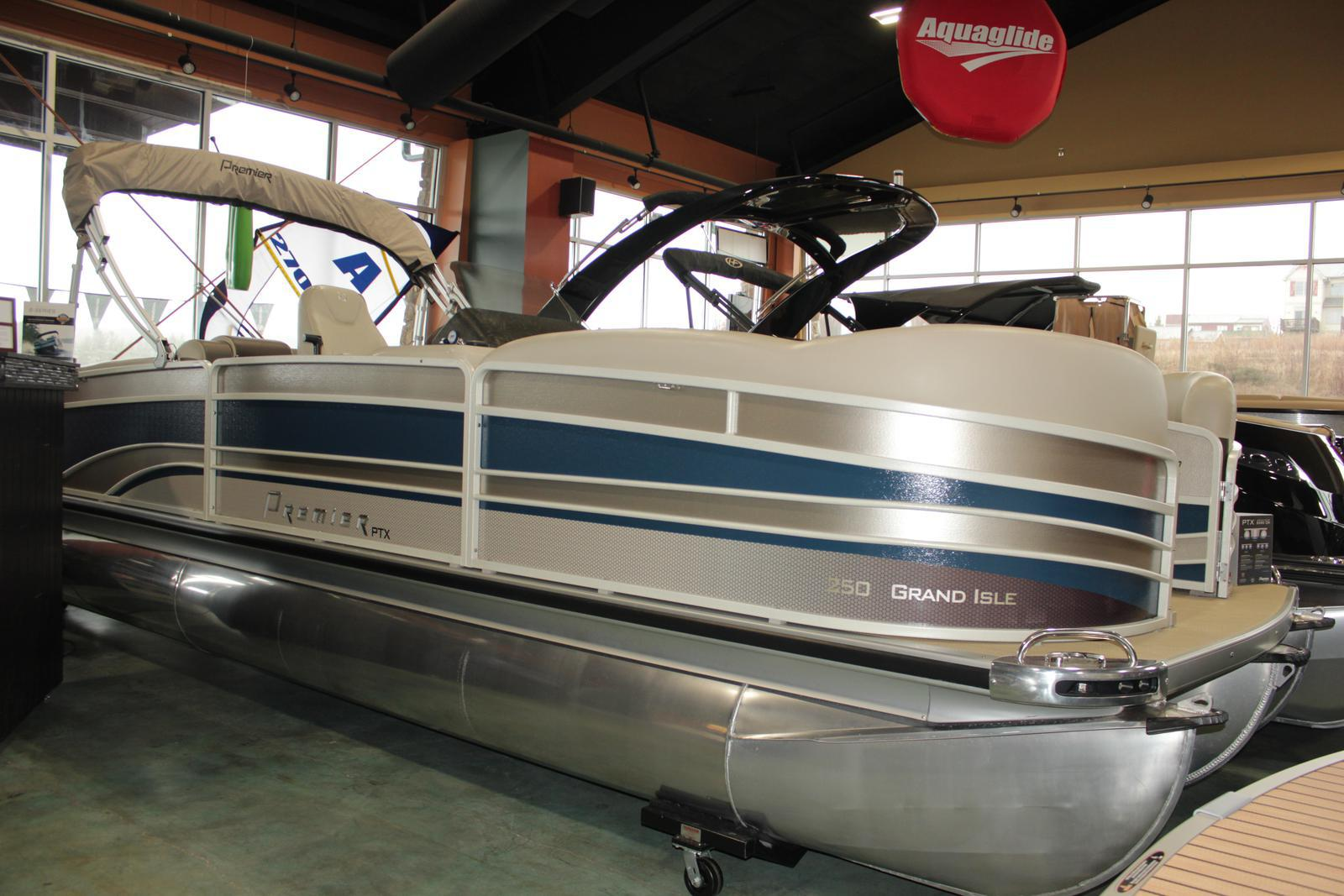 Premier 250 Grand Isle SL