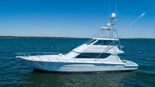 Hatteras Enclosed Bridge, 4 stateroom, CATs