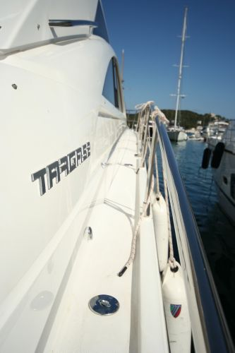 Fairline Targa 52 GT Side Deck
