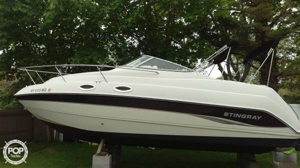 Stingray 240 CS 2006 Stingray 240CS for sale in West Islip, NY