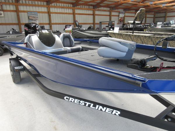 Crestliner TC 18