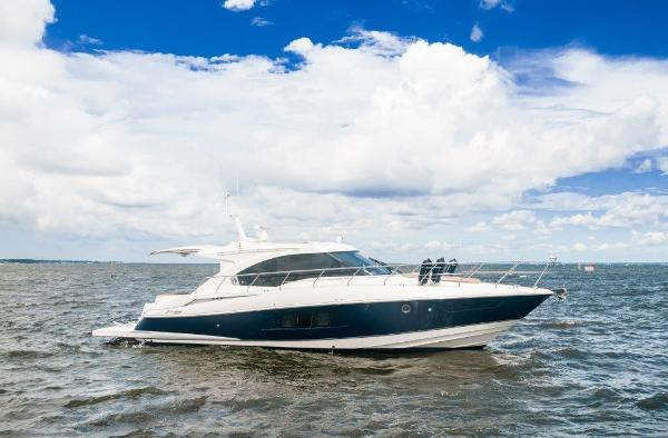 Cruisers Yachts 45 Cantius Starboard Profile