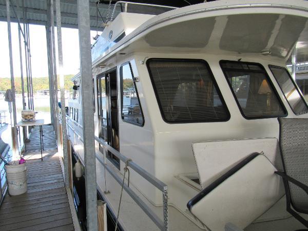 Gibson Cabin Yacht