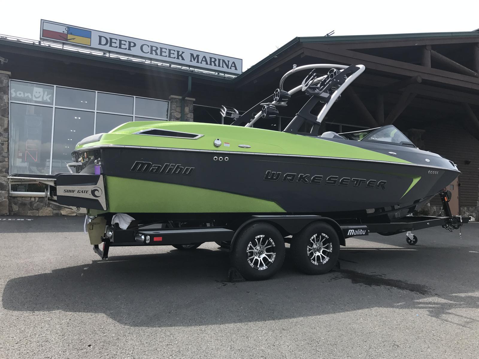 Malibu Boats LLC 23 LSV WAKESETTER