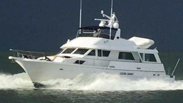 Hatteras 67 Cockpit Motor Yacht