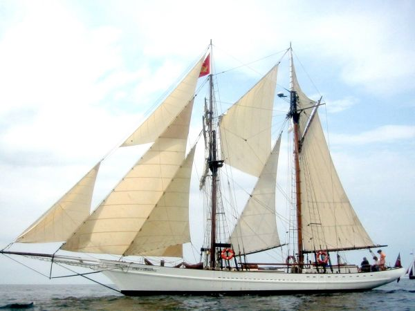 SCHOONER SPIRIT OF CHEMAINUS Photo 1