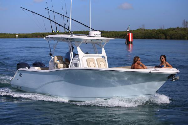 Sea Fox 328 Commander Manufacturer Provided Image