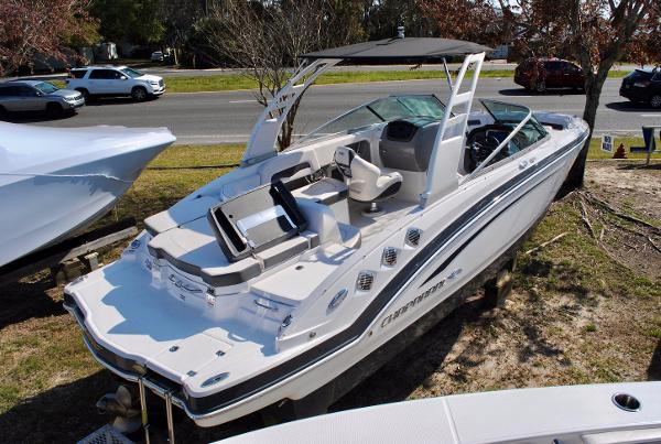 Chaparral 246 SSi 2017-chaparral-246-ssi-bowrider-for-sale