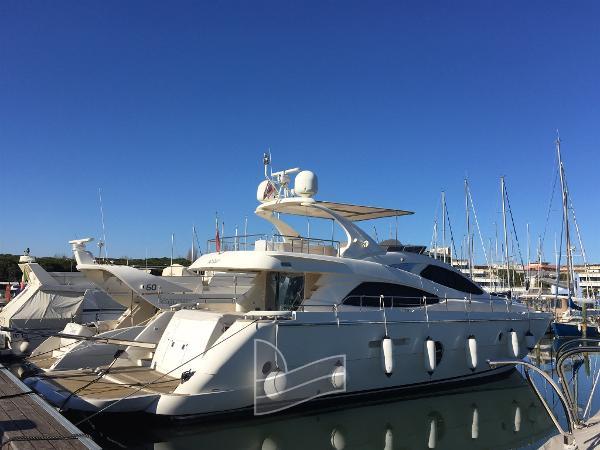 Aicon Yachts 64 Fly IMG_0807.JPG