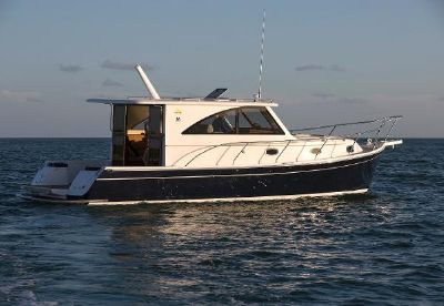 Marlow Pilot 37 Starboard View