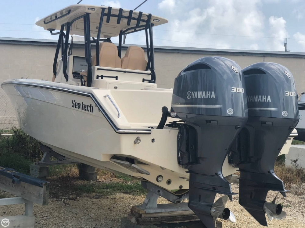 Custom Sea Tech 33 2017 Custom Sea Tech 33 33 for sale in Tavernier, FL