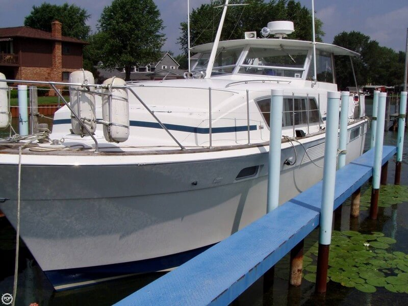 Chris-Craft 41 Commander 1972 Chris-Craft 41 Commander for sale in New Baltimore, MI