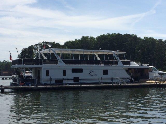 SUMERSET HOUSEBOATS Houseboat 20' X 77'