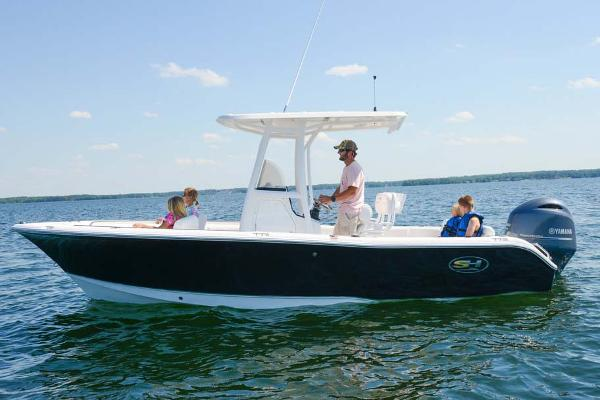 Sea Hunt Ultra 211 Manufacturer Provided Image