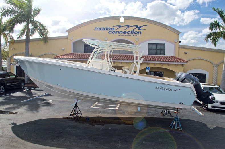 Sailfish 320 CC SPECIAL PRICING!