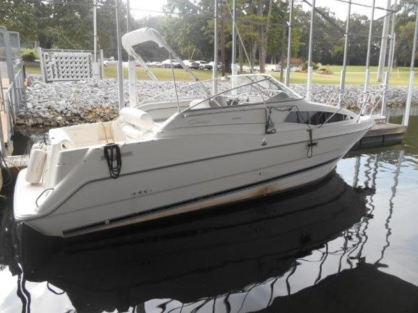 Bayliner 2655 Ciera Sunbridge Profile