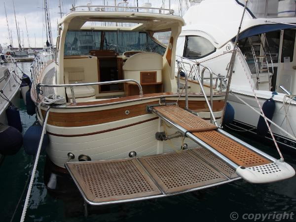 Fratelli Aprea Sorrento 32 Hard Top Abayachting Fratelli Aprea Sorrento 32 HT 4