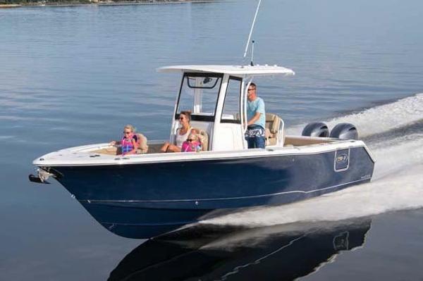Sea Hunt Gamefish 27 Manufacturer Provided Image
