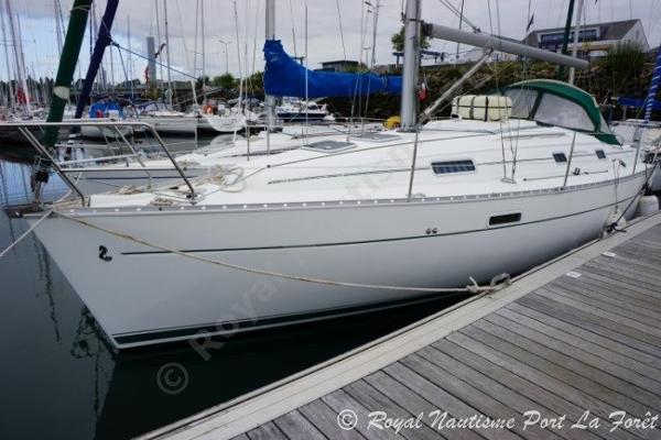 Beneteau Oceanis Clipper 331 BENETEAU Océanis Clipper 331
