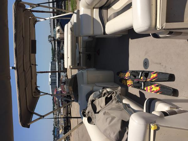 Aloha Pontoon ps 220 tt