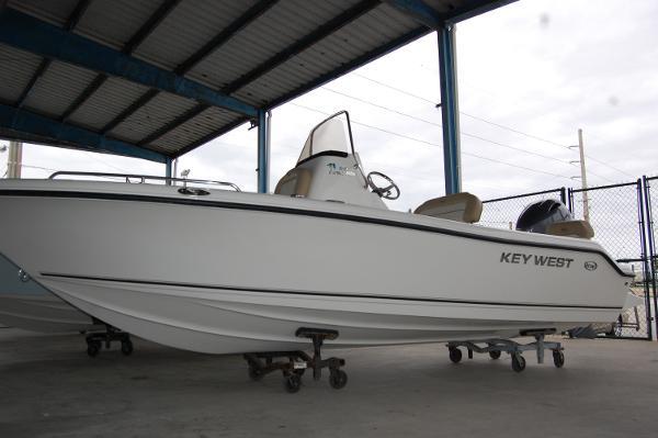 Key West 186 Center Console