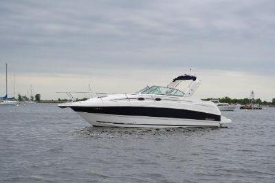 Mustang 3400 Sport Cruiser Port Side