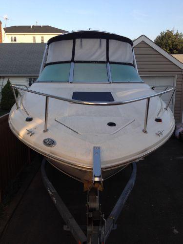 Sea Ray 215 Weekender