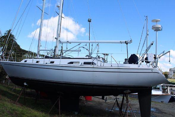 Ericson Yachts 38-200 Valkyrie.jpg